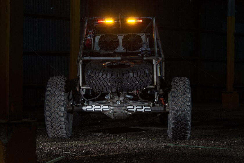 "KC HiLites 28"" Rear Chase Bar - Ambers Glowing"